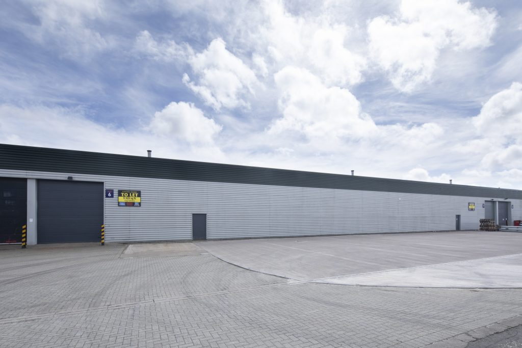 6 Maxwell Square storage unit available for rent